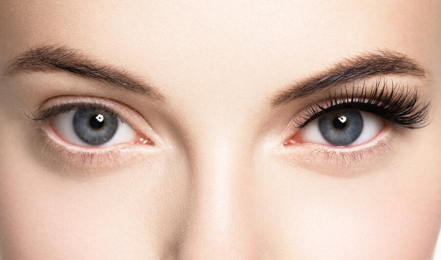 poche d eau sous les yeux Coup de projecteur sur le contour des yeux